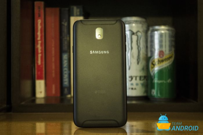 Galaxy J7, Android 9.0 Pie, One UI