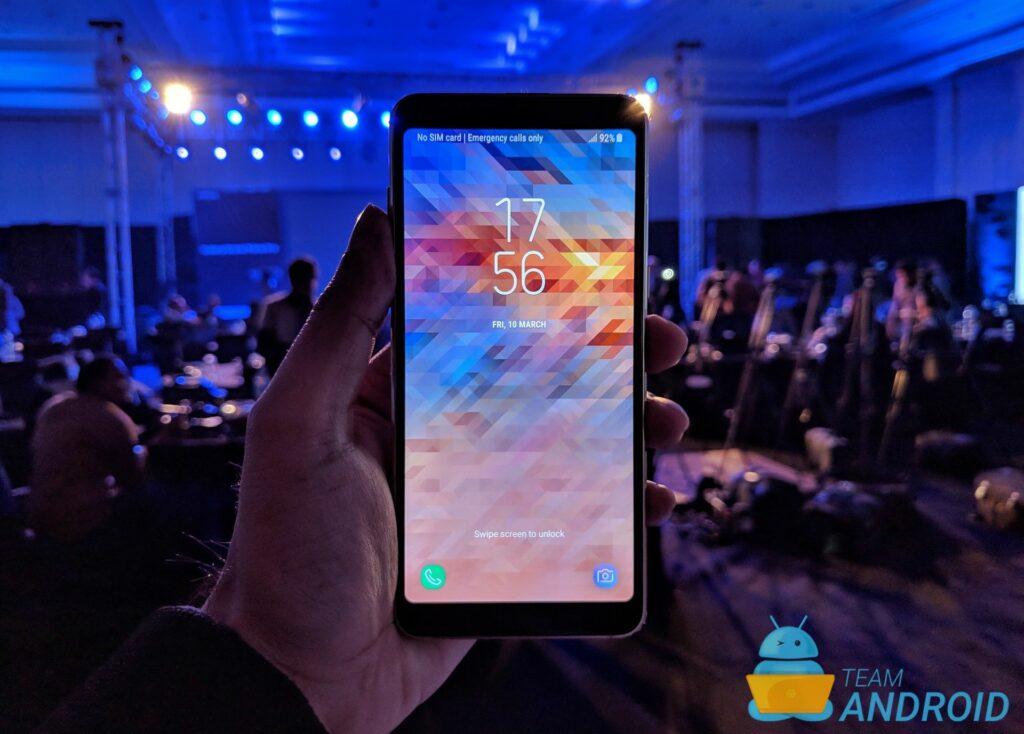 Galaxy A8, Kanada, Android Pie