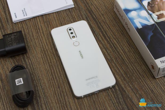 Nokia 6.1 Plus: Unboxing och första intryck 11