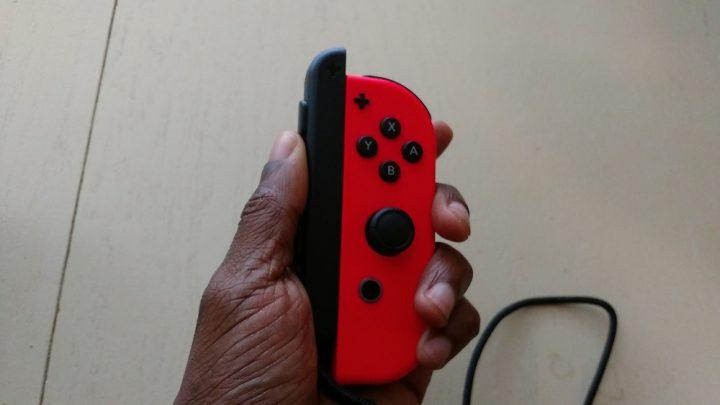 Skjut uppåt på Nintendo Switch Joy-Con-remmen