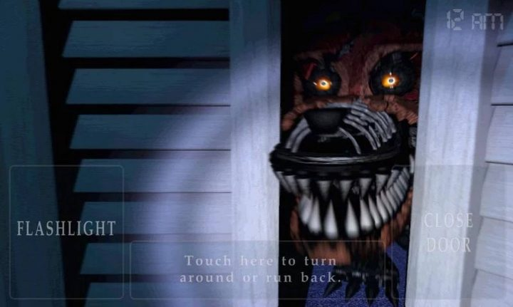 The Five Nights at Freddy's 4 recensioner är lite läskiga.