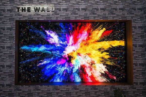 CES 2019 Samsung Wall TV