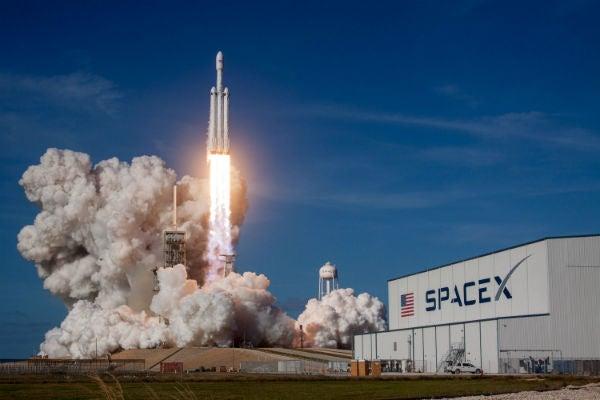 SpaceX Falcon Heavy Launch är rymddemokratiserad