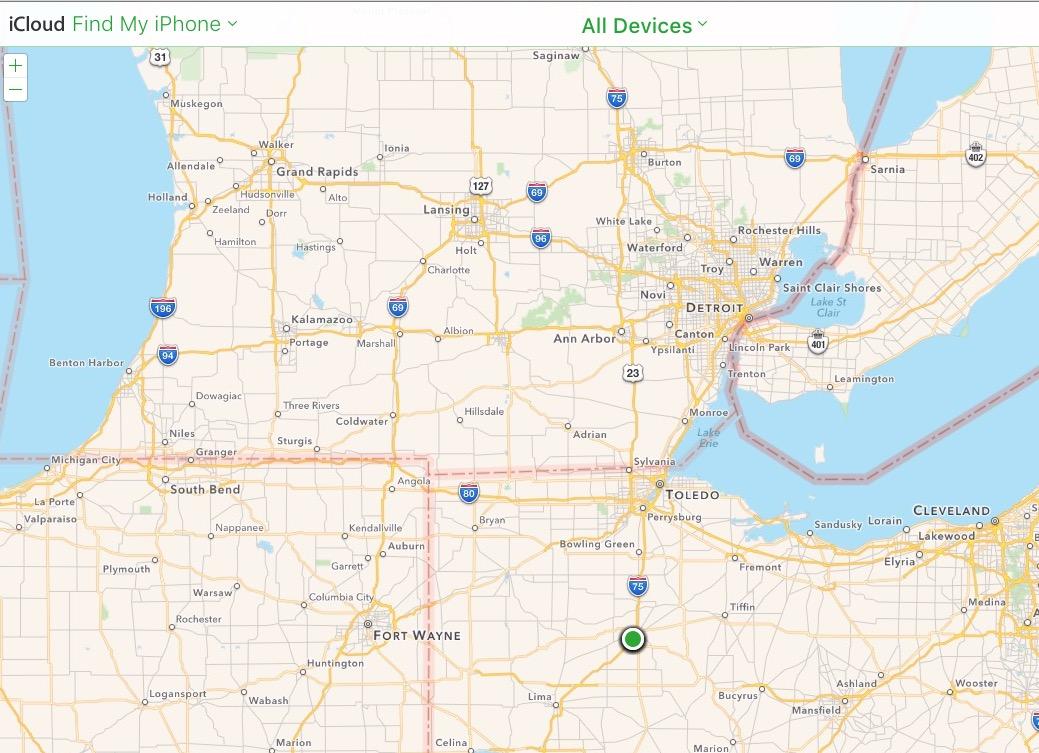 Hitta dina enheter på iCloud Hitta min iPhone-sida.