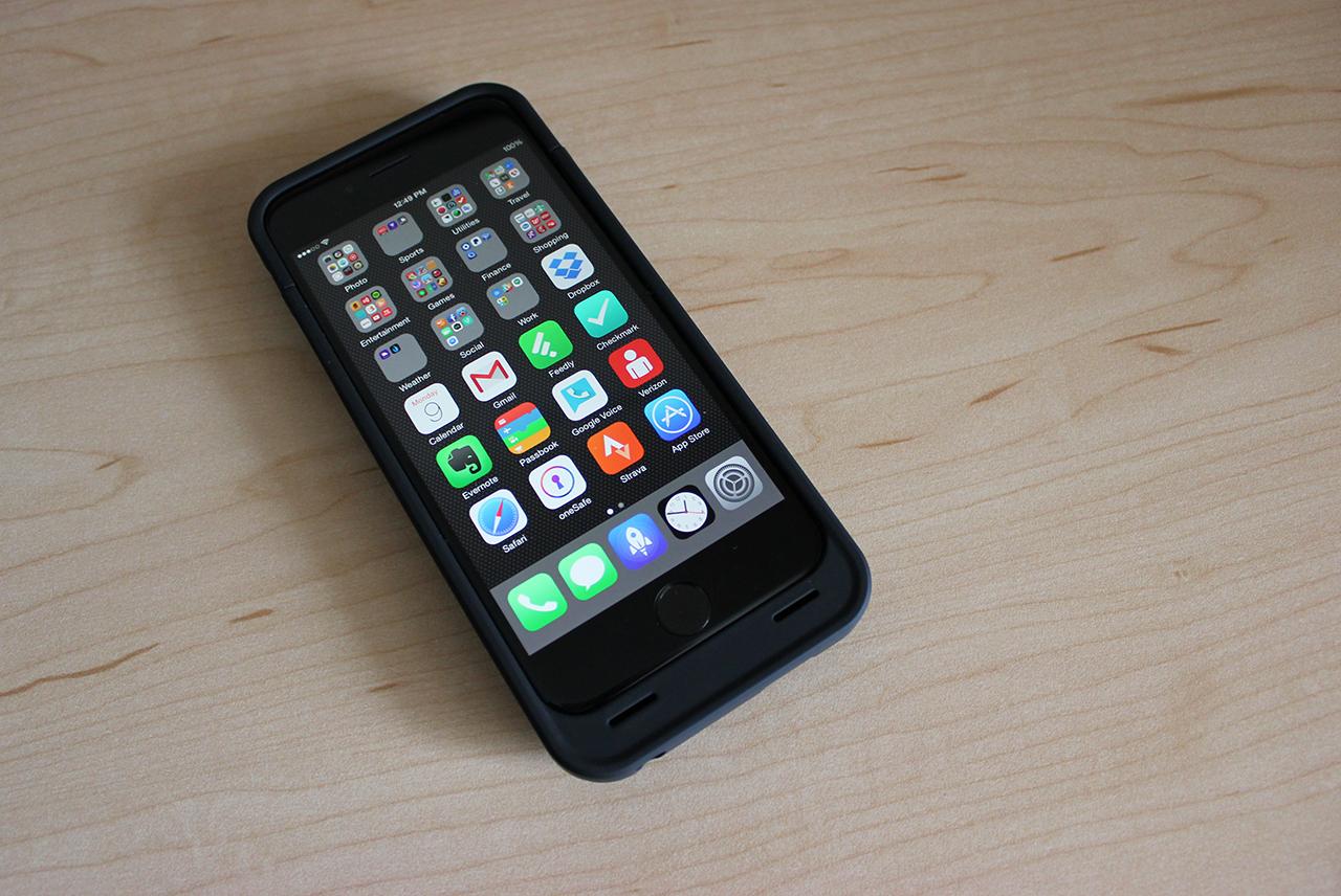 unu-iphone-6-batterifodral-1