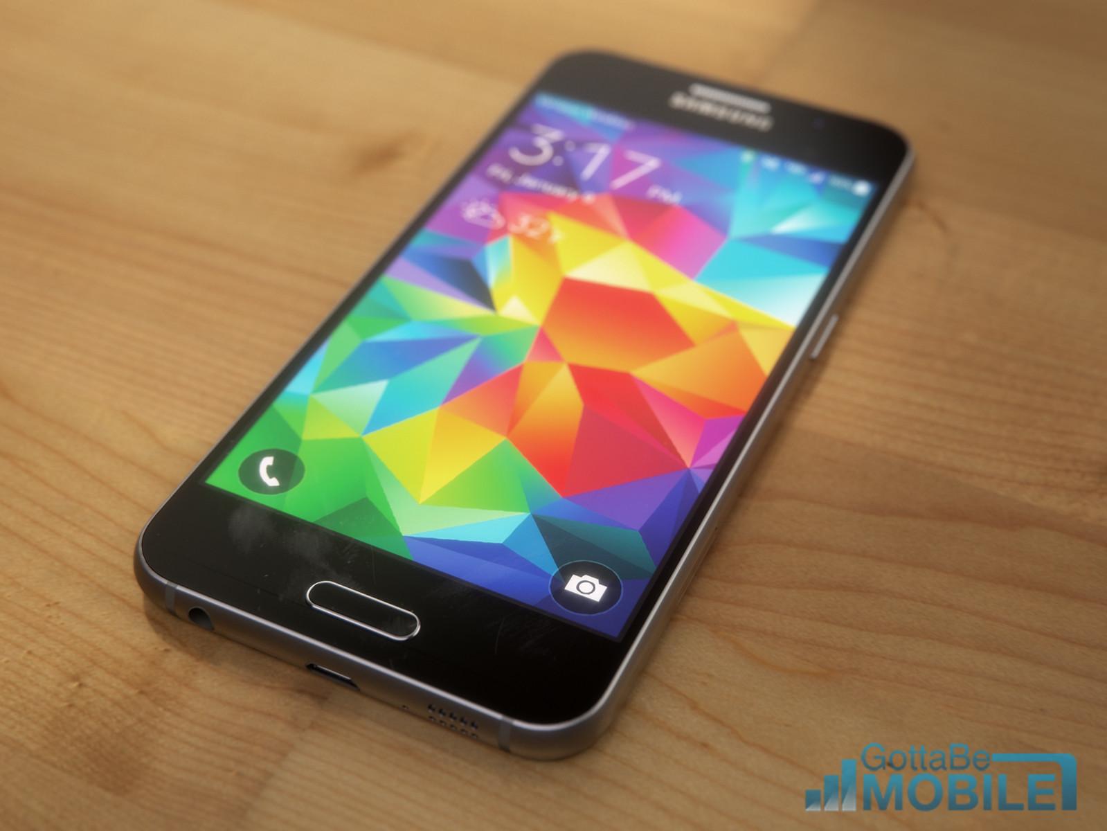 Räkna med en vacker 5,1-tums Quad HD-skärm på Galaxy S6.