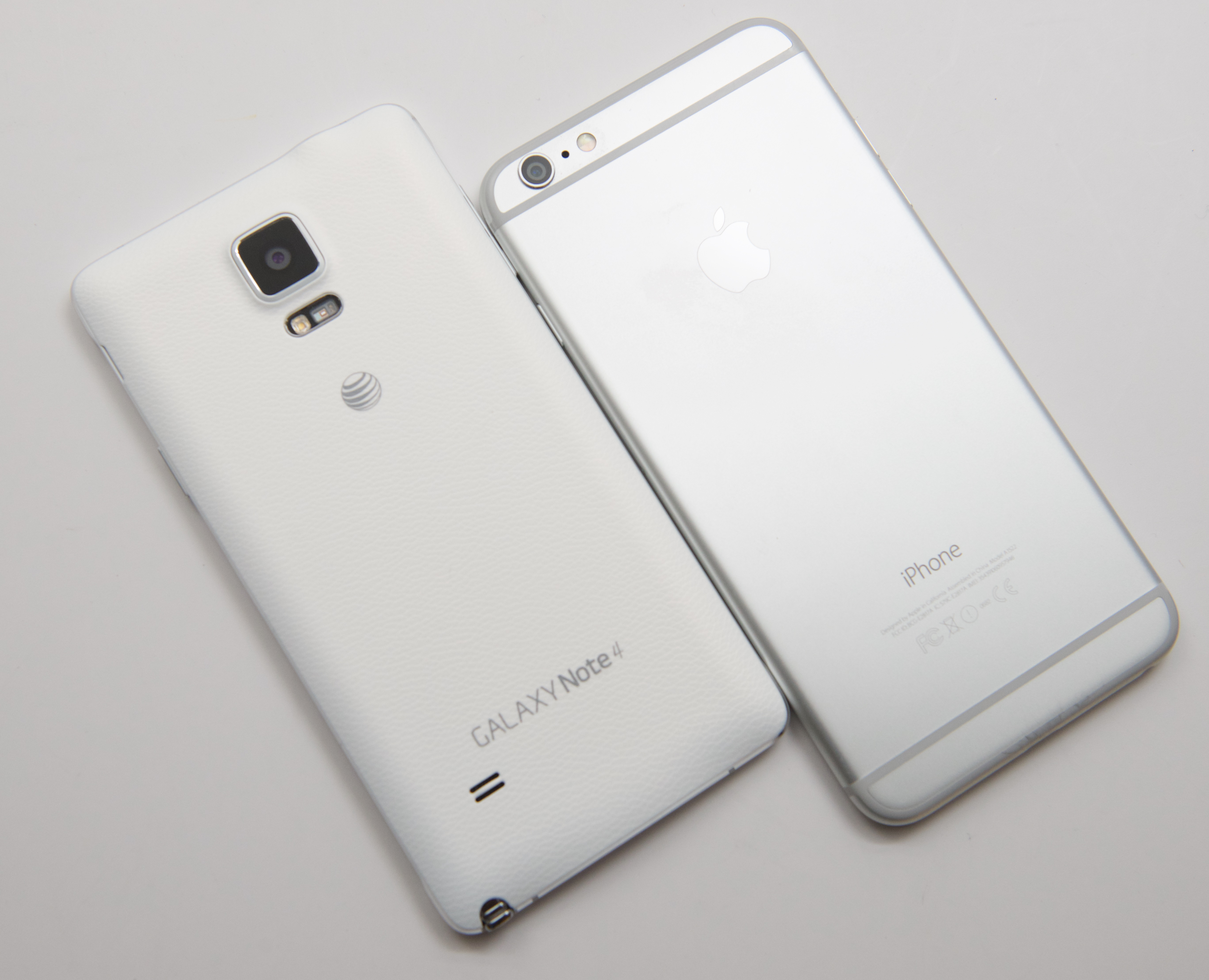 Galaxy Note 4 Bredvid iPhone 6 Plus