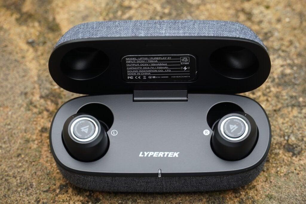 Lypertek PurePlay Z7 uppifrån och ner