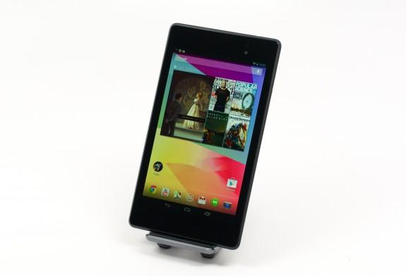 Android 4.4.4 -uppdateringen är värd att installera för de flesta Nexus 7 -användare.