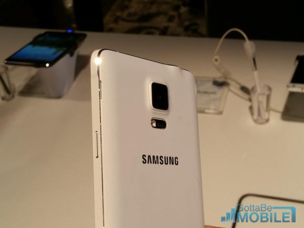 Rykten om Samsung Galaxy Note 4 släpps på 3 och 10 oktober.