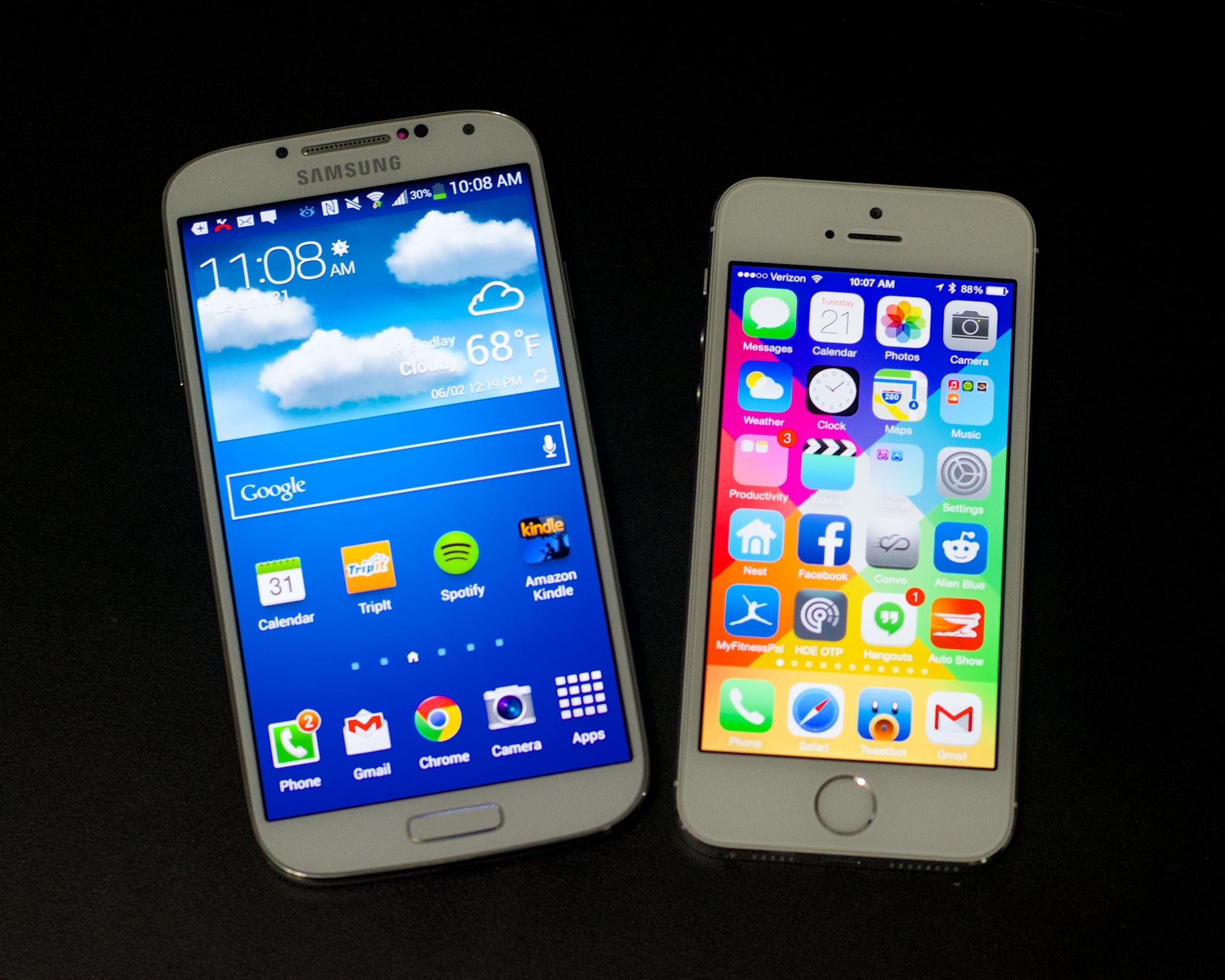 Källor säger att Apple planerar två iPhone 6 -modeller med större skärmar för att bättre konkurrera med Galaxy S5 och Galaxy Note 4.