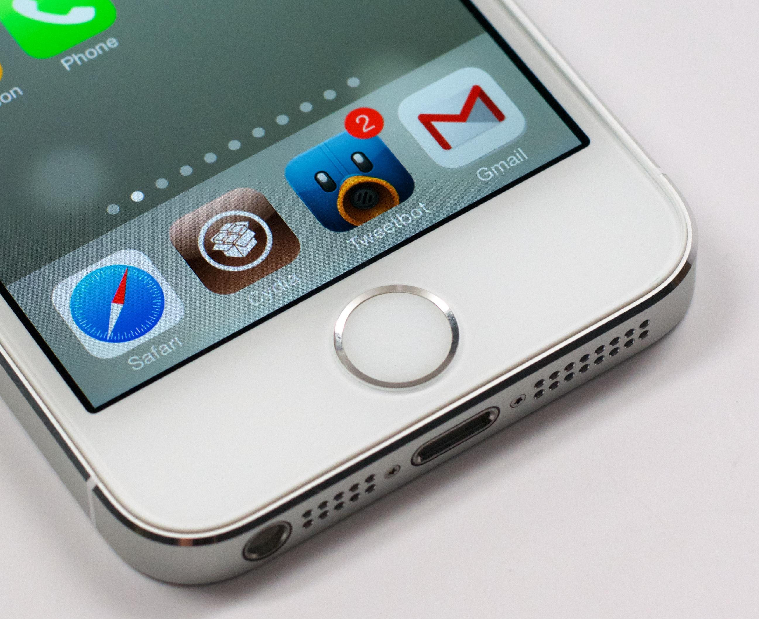 IOS 7 -jailbreaken är möjlig på iPhone 4, men den är bunden och har inte tillgång till Cydia.